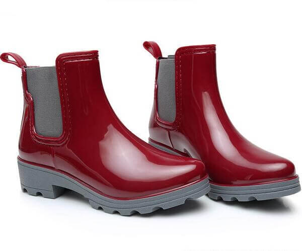ladies fashion red rain boots ankle height with elastic red