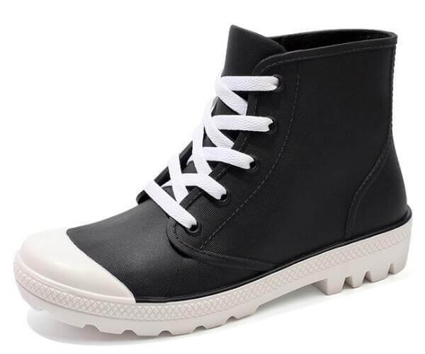 women's lace up rubber boots black